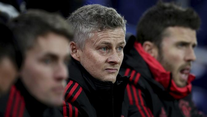 Ole Gunnar Solskjaer (tengah) akan diangkat sebagai manajer permanen Manchester United (MU). (AP Photo/ Jon Super)