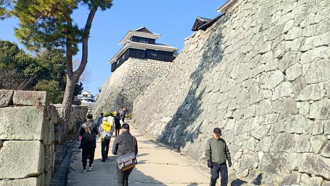 Kastil Matsuyama, Prefektur Ehime, Jepang (Liputan6.com/ Mevi Linawati).