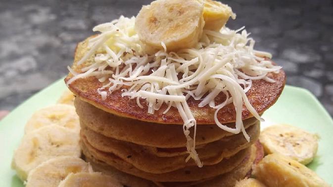 Bahan-bahan yang dibuat untuk pancake memiliki maknanya sendiri.  (Dok.Instagram/@akuntania/https://www.instagram.com/p/Bolhkmineu0/?hl=en&tagged=pancakepisang/Komarudin)