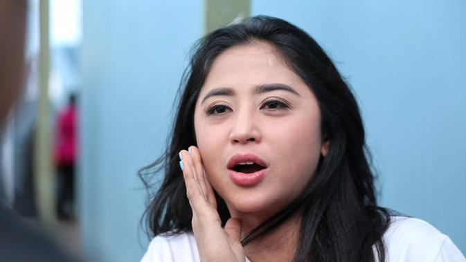 Dewi Perssik (Adrian Putra/Fimela.com)