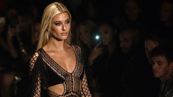 Hailey Baldwin (Photo by Vianney Le Caer/Invision/AP)
