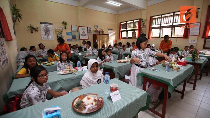 Suasana Ruangan Kelas IV Saat Berlangsungnya Lomba Pelangi di Piring Makanku pada Jumat, 7 Desember 2018 (Foto: Aditya Eka Prawira/Liputan6.com)