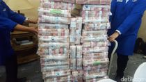 Diangkut Pakai Troli, Ini Penampakan Uang Rp 87 M Samadikun