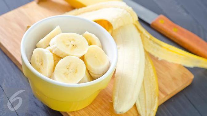 Jangan terburu-buru membuang kulit buah pisang. Ini manfaat unik lainnya yang jarang diketahui orang.