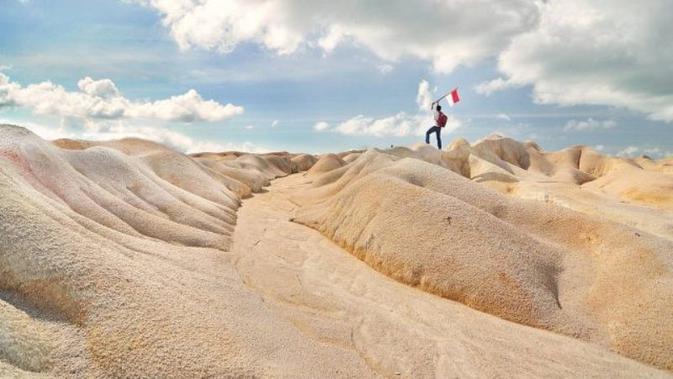 Gurun pasir ini menjadi tempat kekinian yang instagramable (www.instagram.com/deddy_hendrawan_sq (@deddy_hendrawan_sq))