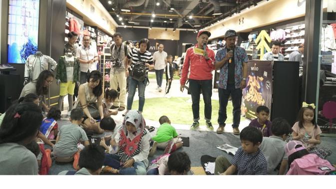 Wilio membuka gerainya di Senayan City dengan menghadirkan street fashion khusus anak (Liputan6/pool/Wilio)