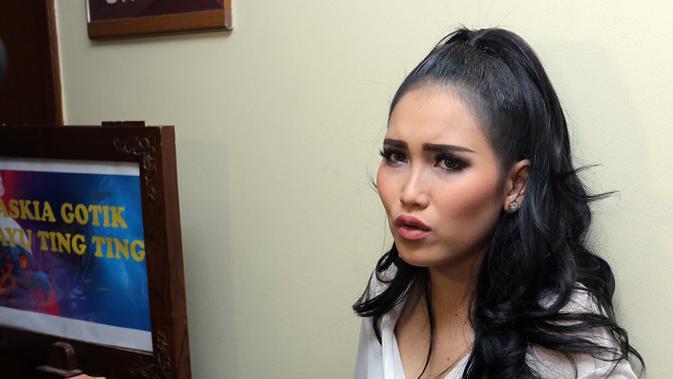 Ayu Ting Ting (Deki Prayoga/bintang.com)