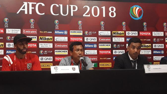 pelatih Bali United, Widodo Cahyono Putro (Dewi Divianta)