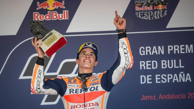 Pembalap Repsol Honda, Marc Marquez menjauhi para rival di klasemen usai memenangi MotoGP Spanyol 2018 di Sirkuit Jerez. (Twitter/HRC_MotoGP)