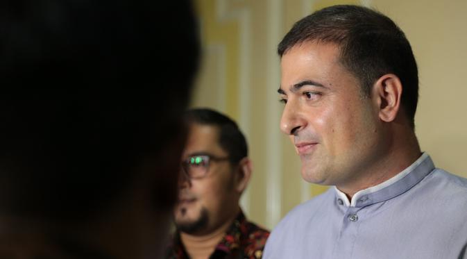 Sam Aliano Ketua Pengusaha Muda laporkan Nikita Mirzani ke KPI (Adrian Putra/bintang.com)