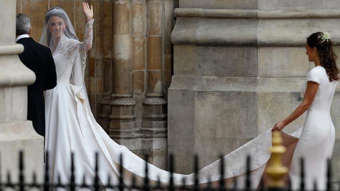 Kate Middleton saat menikah dengan Pangeran William pada 2011 silam (AP Photo/Alastair Grant)