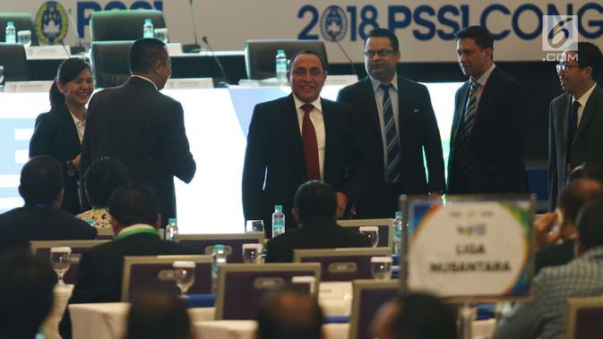 Ketum PSSI Edy Rahmayadi saat menghadiri pembukaan kongres PSSI 2018 di ICE, BSD, Tangerang Selatan, Sabtu (13/1). Salah satu cita-cita yang diharapkan Edy dapat terwujud adalah tampil di Piala Dunia. (Liputan6.com/Angga Yuniar)