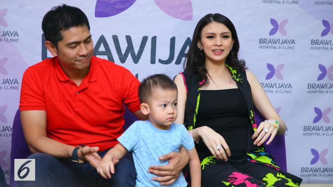 Donita baru saja dikaruniai anak kedua dari pernikahannya bersama Adi Nugroho. (Nurwahyunan/Bintang.com)