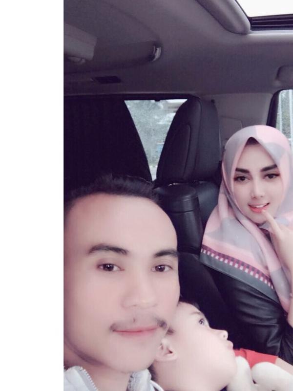 Tiara Dewi dan kekasihnya [foto: instagram]