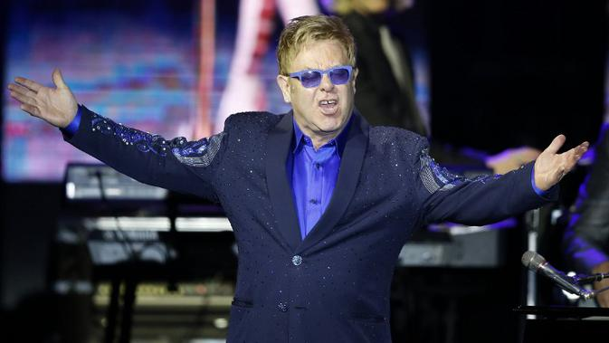 Bintang pop Inggris legendaris, Elton John. (AFP PHOTO/Valery HACHE)