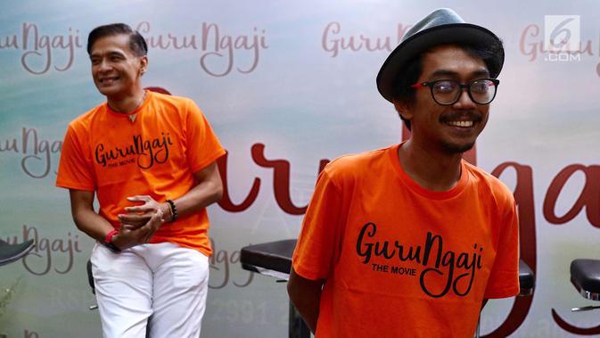 Aktor Ence Bagus saat konferensi pers film terbarunya yang berjudul Guru Ngajidi Jakarta, Rabu (14/3). Film tersebut akan tayang pada 22 Maret 2018 dan mengambil lokasi syuting di Boyolali dan Sidoarjo. (Liputan6.com/Immanuel Antonius)