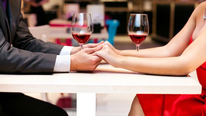 Ilustrasi makan malam romantis untuk merayakan hari Valetine