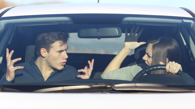 Ilustrasi pasangan bertengkar (iStockpohoto/AntonioGulliem)