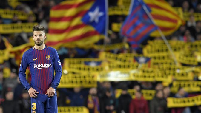 Gerard Pique menerima bayaran per minggu dari Barcelona sebesar 165.000 pound sterling dan telah memperbaharui kontrak dengan Blaugrana hingga 2022. (AFP/Lluis Gene)