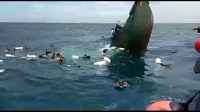 Kapal Cepat milik Kodam Jaya Tenggelam di Kepulauan Seribu
