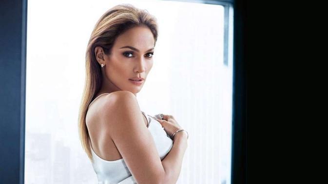 Jennifer Lopez (HawtCeleb)