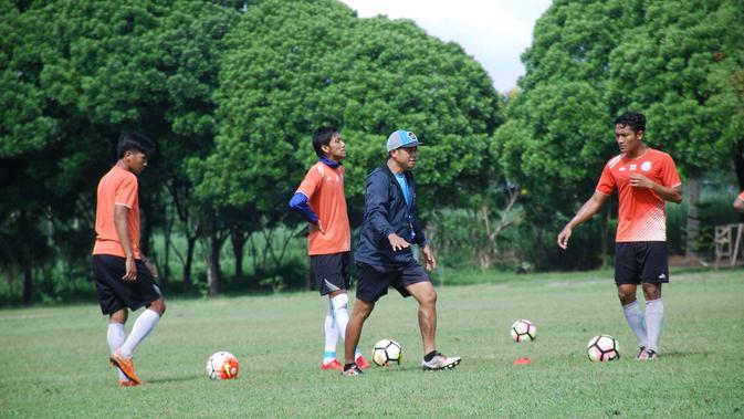 Arema bersiap untuk menghadapi PSBK Blitar di Piala Indonesia (Liputan6.com/Rana Adwa)