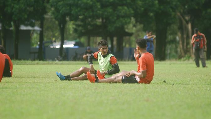 Pemain Arema FC terus berlatih jelang Liga 1 (Rana Adwa)