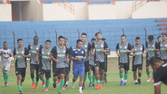 PSMS Medan berlatih di Yogyakarta menjelang Liga 1 2018. (Bola.com/Ronald Seger)