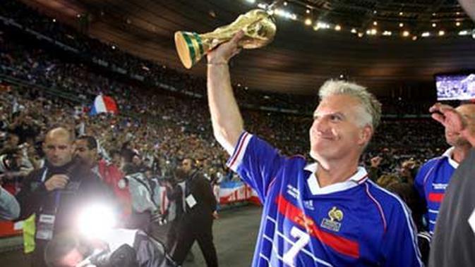 Didier Deschamps memenangkan Piala Dunia 1998 sebagai pemain. (AFP/PIERRE VERDY)
